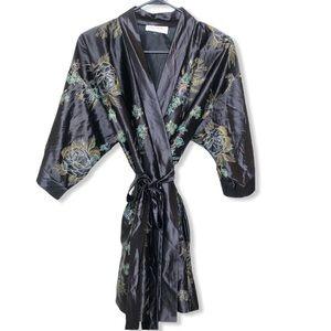 Vintage Vassarette Black Floral Kimono Robe